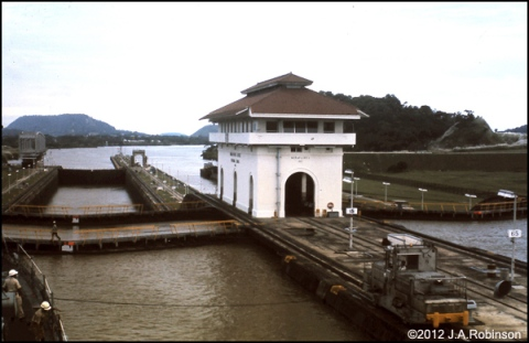 Photo of a utility building between the last 2 locks on the pacific end of the Panama Canal