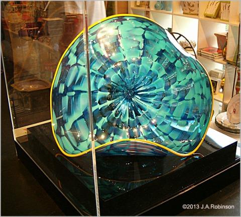 2013_03_27 Glass Amoeba