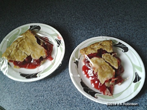 Cherry Pie Slices