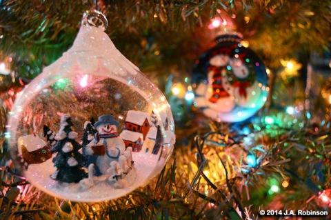 Snowman Scene Ornament